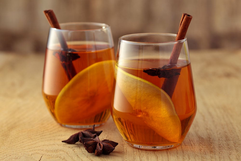 Two glasses of Kentucky mulled cider
