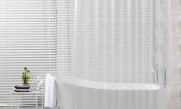 Three Top Shower Curtain Liners for Your Bathroom