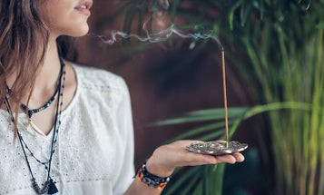 The Best Incense to Keep You Zen