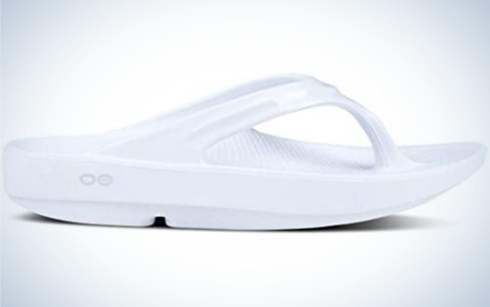 OOFOS OOlala sandals are the best comfort flip flop for women.