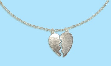 BFF Necklaces and 7 of the Other Saddest Secondhand Jewelry Ever Resold Online
