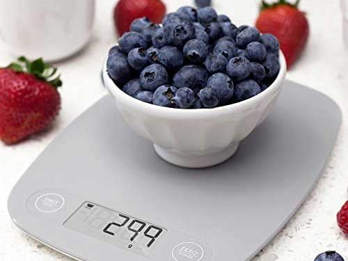 kitchen scales on blueberries