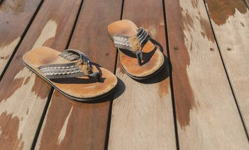 Flip-Flops for Plantar Fasciitis That Are Actually Cute