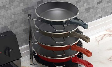 Pot Racks For an Organized and Easy-Cooking Kitchen